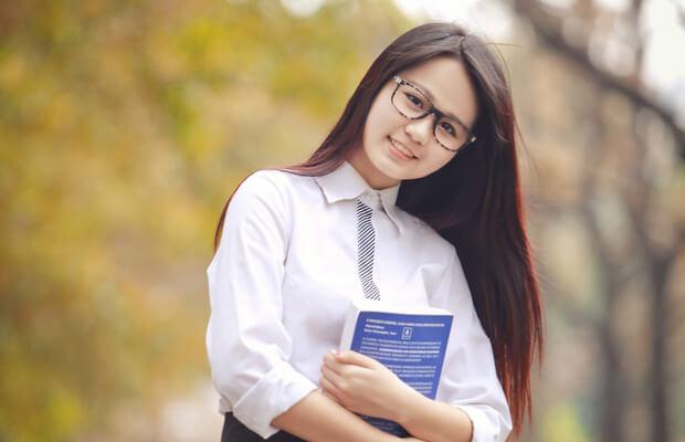 anh hot girl hoc sinh cap 3 8 - Soạn văn bài: Luyện tập: Liên kết câu và liên kết đoạn văn