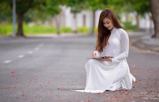 hoaphuong 27 - Soạn văn bài Tập làm văn: Kết bài trong bài văn kể chuyện