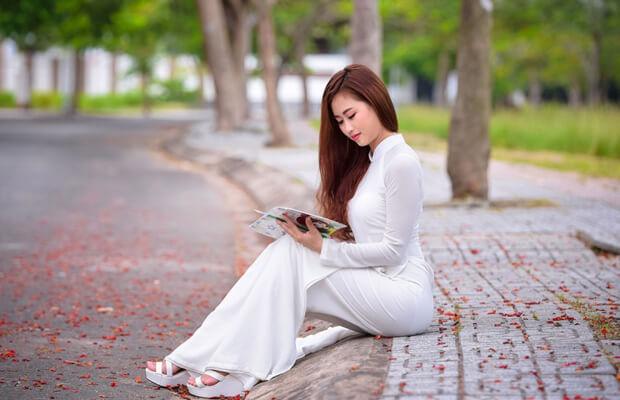 nu sinh dep mo95757972 - Soạn văn bài: Liên kết câu và liên kết đoạn văn